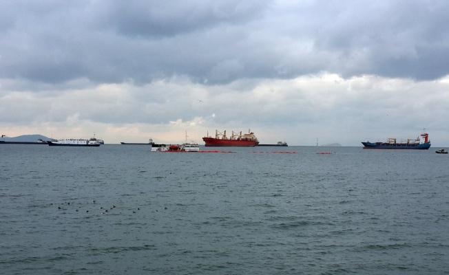 Batan geminin oluşturduğu kirlilik temizleniyor