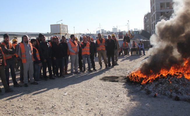 4 aydır maaş alamayan inşaat işçileri eylemde