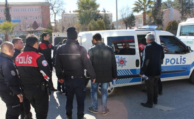 Adliye önündeki kavgada 5 kişi yaralandı