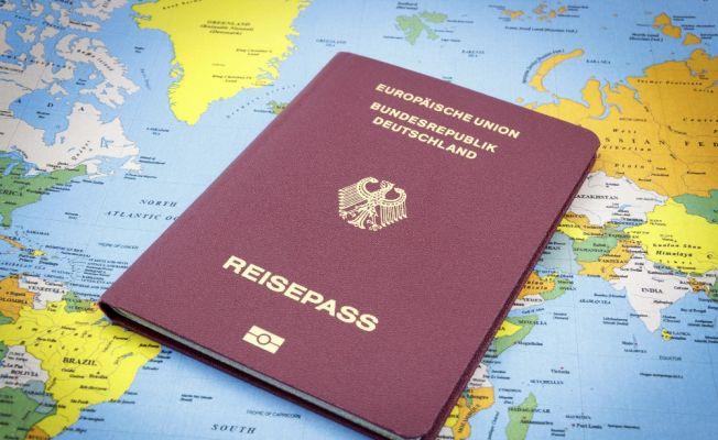 Yeni Alman pasaportu tanıtıldı