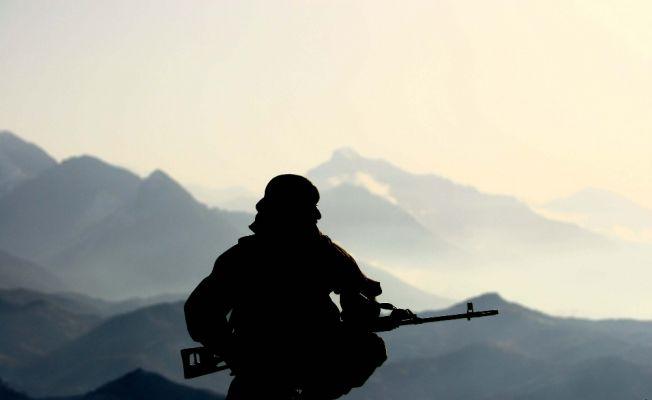 Almanya asker sayısını 198 bine çıkaracak