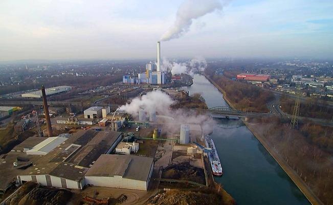 Almanya'da zehirli bulutlar paniğe neden oldu