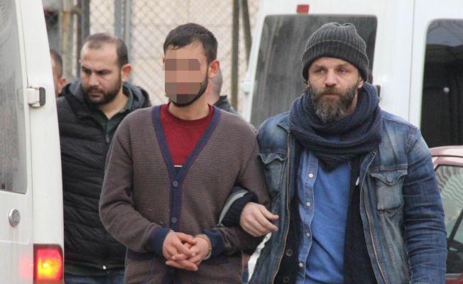 Baba ve oğluna uyuşturucu ticaretinden gözaltı