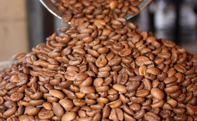 Kahve üretiminde lider Brezilya kahve ithaline başladı