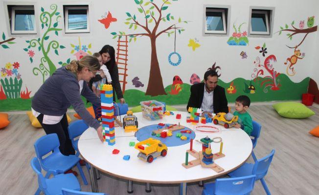 Devlet hastanesine çocuk oyun salonu yapıldı