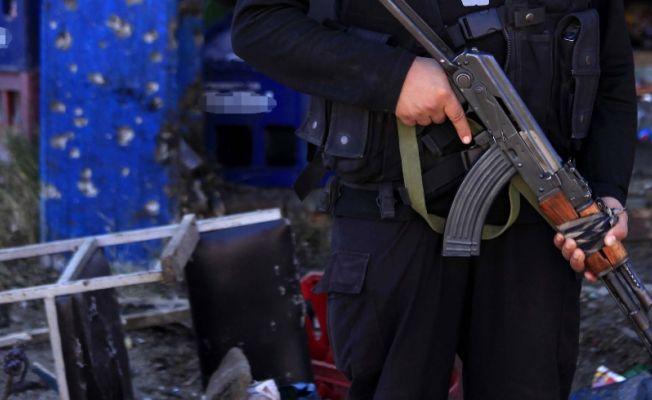 El Kaide'den polis merkezine saldırı: 8 ölü