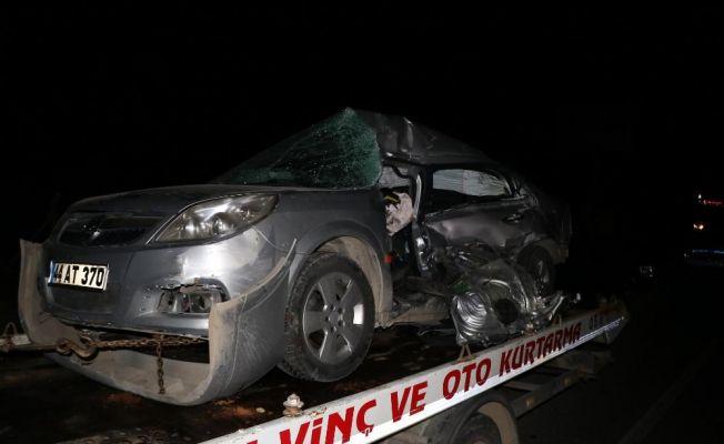 Baba ve oğul trafik kazasında öldü
