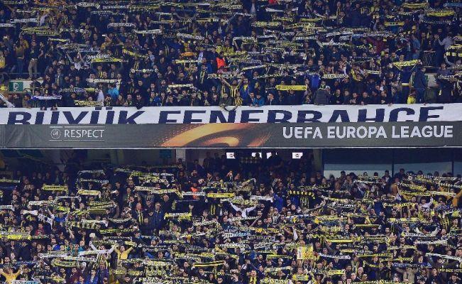 Fenerbahçeli taraftarlardan 'Ali Koç başkan' sesleri