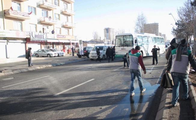 Kayseri'de zincirleme trafik kazasında 11 araç birbirine girdi