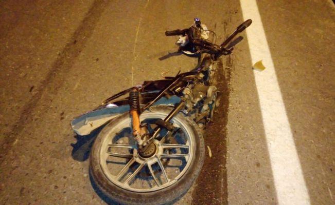 Motosikletteki anne ve oğul kazada öldü