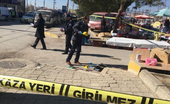 Pazar yerinde esnafa silahlı saldırı: 2 ölü