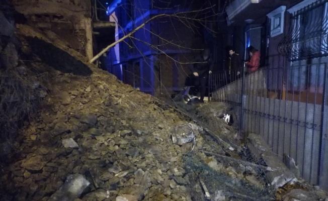 Şişli'de isninat duvarı çöktü, panik yaşandı