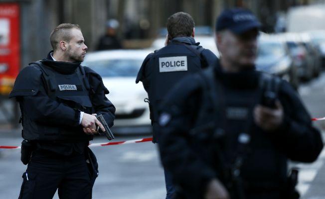 Paris'i tercih eden turist sayısı azaldı