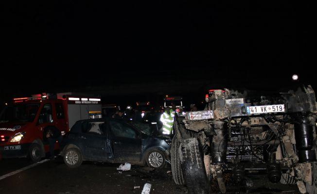 Bursa'da Tır dehşeti: 2 ölü