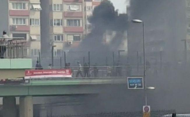 Ataköy Metro istasyonunda yangın çıktı