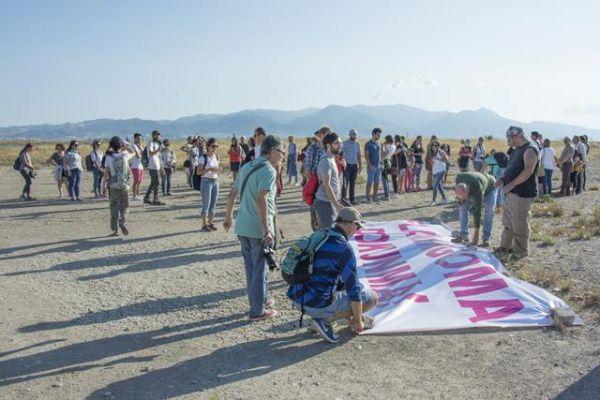 İzmir'de 'Flamingoma dokunma' eylemi