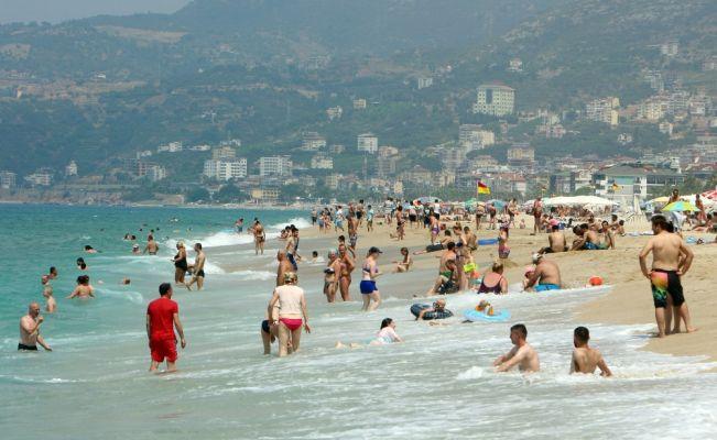 Antalya'yı 3 milyondan fazla Rus turist ziyaret etti