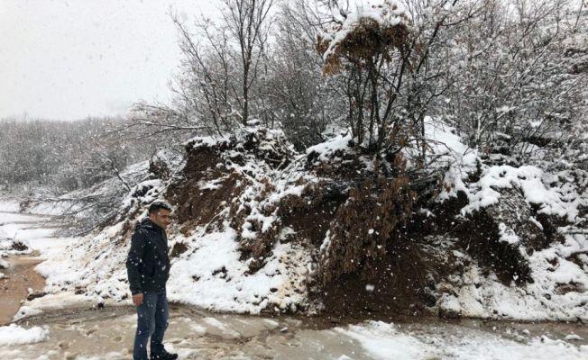 Bingöl'de kar hayatı olumsuz etkiledi
