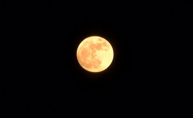 Süper Ay, İstanbul'da çıplak gözle izlendi