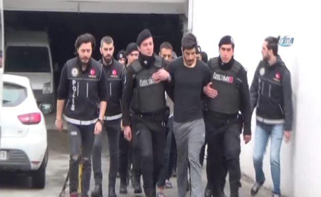 Oyuncu Adnan Koç'a uyuşturucu gözaltısı