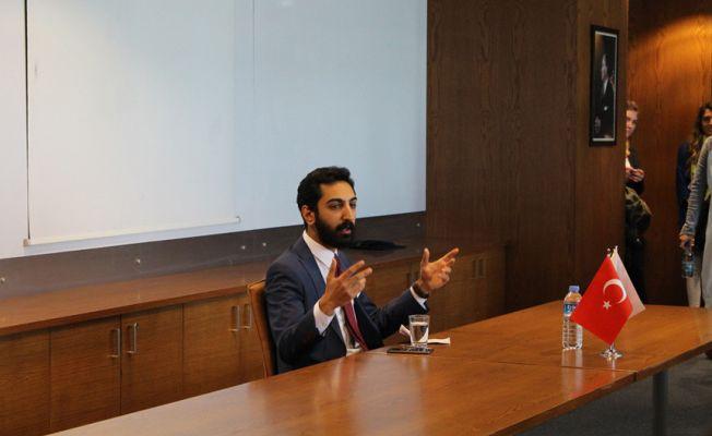 """Türk Stratejist Cem Bağcı : """"Facebook duygularımızın yönetilmesine izin veriyor"""""""