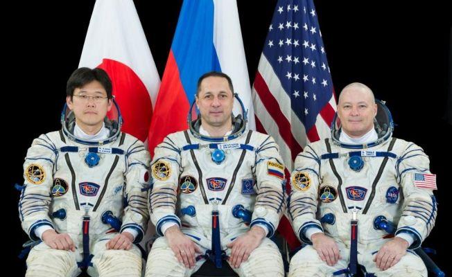 Uzayda 168 gün kaldıktan sonra Dünya'ya döndüler