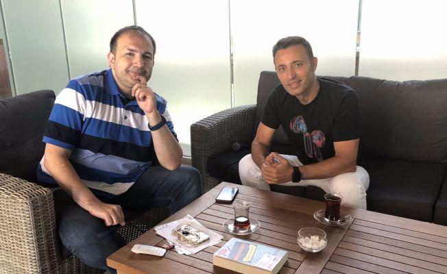 """Mustafa Sandal: """"Kendi klibimi sansürledim"""""""