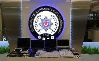 İstanbul'da banka hesaplarını boşaltan siber çete çökertildi