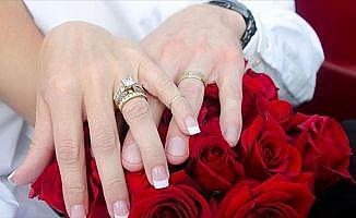 Evlenen çiftlerin sayısı 2017'de azaldı