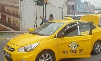 """Taksi sürücülerine """"Uber"""" operasyonu"""