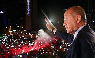 Cumhurbaşkanı Erdoğan'a Lübnan ve Tunus'tan tebrik