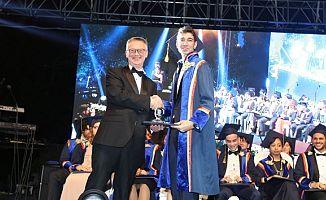 Tarabya İngiliz Okulları'nın mezuniyet töreni gerçekleşti