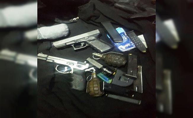 Diyarbakır''da silahlı 3 terörist yakalandı
