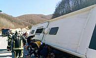 Bursa'da yolcu otobüsü kaza yaptı: Çok sayıda yaralı var