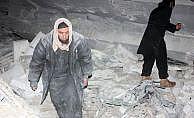 Suriye'de camiye hava saldırısında 63 kişi öldü