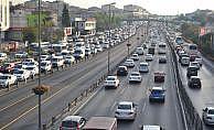 Trafiğe kayıtlı araç sayısı 21 milyon 701 bin
