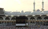Türkiye'den giden 90 bin hacı adayı Mekke'de