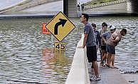 ABD Houston'da sel: 6 kişi kayıp