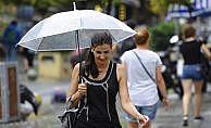 İstanbul'da günlerdir uyarısı yapılan yağmur başladı