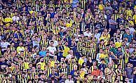 Fenerbahçe taraftarı takımı protesto etti