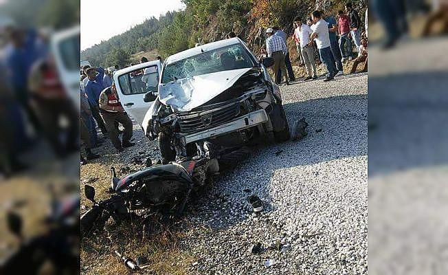 Bursa'da motosikletle otomobil çarpıştı: 2 ölü