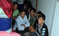Suşehri ve Gölova'da 88 kaçak göçmen yakalandı
