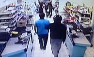 Kağıthane'de süpermarketin ofisindeki kasayı soydular