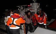 Batan yelkenli yattaki 4 kişi kurtarıldı