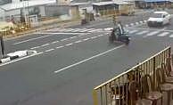 Kadın motosikletli feci kaza sonrası metrelerce uçtu