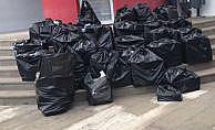 Kamyonetten 14 bin 100 paket kaçak sigara çıktı