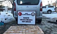 Van Başkale'de kamyonetten 50 kilo eroin çıktı