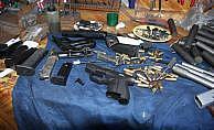 Pendik'te kaçak silah imalathanesine baskın
