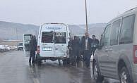 Van'd okul servisi yan yattı: 10 yaralı