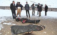 Van Başkale'de 2 kişi donmuş bulundu
